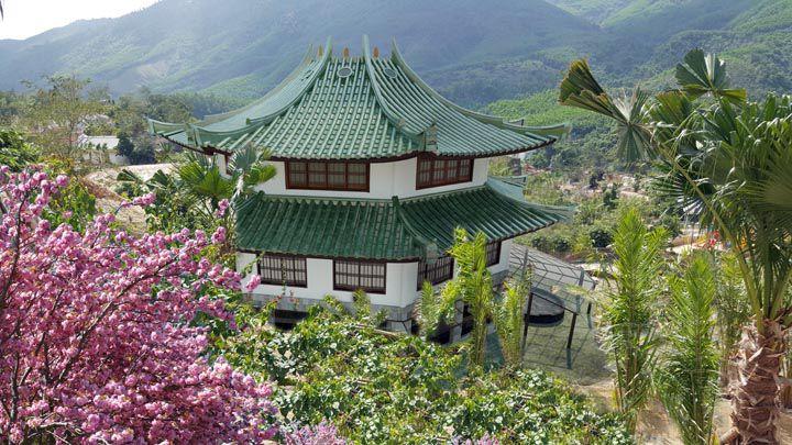 than tai hot spring